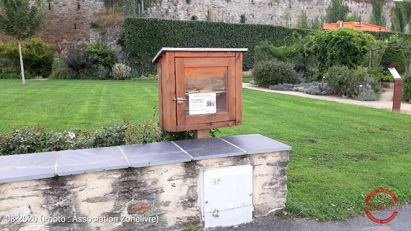 Chateau-Gontier-1c